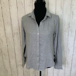 NWT Chelsea & Violet Shimmery Gray Top XS